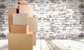 bureau logement box déménagement bureau changement de logement banque d images et