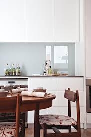 Kitchen Splash Guard Ideas Best 25 Back Painted Glass Ideas On Pinterest Glass Tile