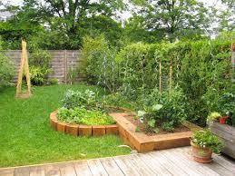 decoration petit jardin déco petit jardin potager facile 12 tours petit tours www5