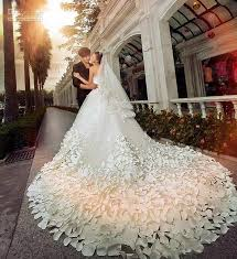 luxury wedding dresses discount 2017 new luxury wedding dresses with sweetheart crystals