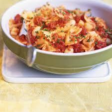 cuisiner haricots blancs pâtes aux tomates aux haricots blancs et au fromage ricardo