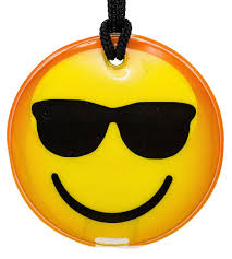 amazon com bigmouth inc emoji drink kooler kitchen u0026 dining novelty gifts housewarming gift icon face led torch fridge