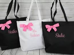 bridesmaids bags bridesmaid tote set of 7 personalized monogrammed zippered tote
