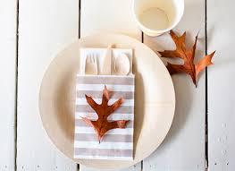 Casual Table Setting 4 Rustic Chic Table Setting Ideas For Thanksgiving Thanksgiving Com