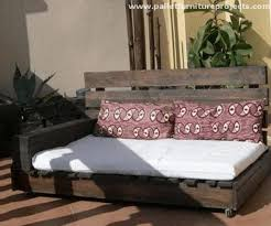 upcycled pallet daybed ideas pallet furniture projects