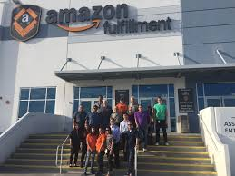 mihaylo femba students learn about the supply chain at amazon
