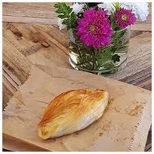 cuisine maltaise pastizzi un feuilleté au fromage frais spécialité de malte