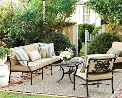 How To Decorate A Patio by 5 Outdoor Decorating Rules To Live By How To Decorate