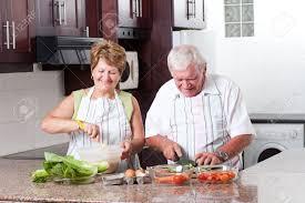 cuisine a domicile cuisine de personnes âgées dans la cuisine à domicile banque