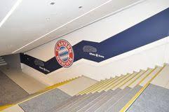 treppen mã nchen die allianz arena münchen deutschland redaktionelles foto bild