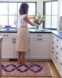 25 stunning picture for choosing the perfect kitchen rugs fresh