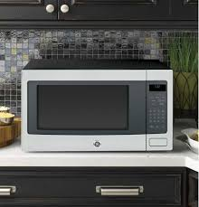 Under Cabinet Microwave Reviews by Built In And Countertop Microwaves Ge Appliances