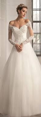 wedding dress quilt uk best 25 lace applique ideas on lace wedding dress