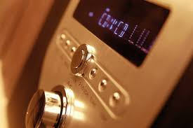 how to hook up an amp to a cd player it still works giving old