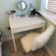 Makeup Vanity Ideas For Small Spaces Ikea Micke Make Up Vanity For Small Spaces And Small Budgets F