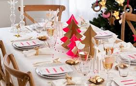 Christmas Table Decoration Ideas Gold by 5 Christmas Table Setting Ideas In Different Styles