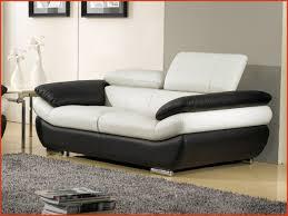 prix canape cuir salon cuir blanc awesome canapé 2 places en cuir bi ton rosy au prix