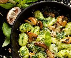 cuisiner des gnocchis gnocchis aux légumes recette de gnocchis aux légumes marmiton
