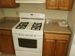 Kitchen Pictures With Oak Cabinets With Oak Cabinets White Countertops Exitallergy Com