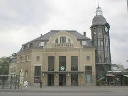Berlin Heerstraße station