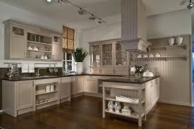 kche landhausstil modern braun landhausstil küche creme braun