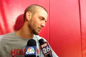chandler parsons hairstyle rockets chandler parsons shaves his head to cheer up 10 year old