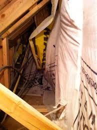 Bedroom With Knee Wall Solving Comfort Problems Caused By Attic Kneewalls