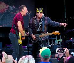 Blind Guitarist From Roadhouse Backstreets Com Springsteen News Archive Jan Feb 2017