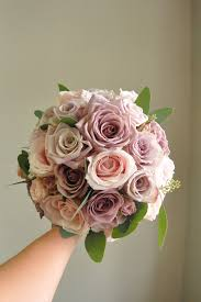 wedding flowers roses flower bouquets delivered in reading berkshire green parlour