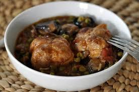 cuisiner les paupiettes de porc recette paupiettes aux petits pois