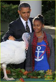 obama pardons thanksgiving turkey president obama u0026 kids pardon thanksgiving turkeys photo 2762109