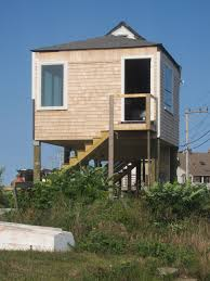 small elevated beach house plans on stilts