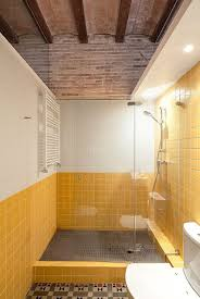 Yellow Tile Bathroom Paint Colors by Yellow Bathroom Tile Ideas And Pictures