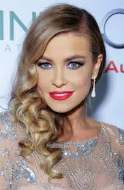front view of side swept hairstyles carmen electra hairstyles side swept curls pretty designs