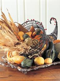 35 eye catching thanksgiving centerpiece ideas digsdigs
