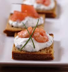 canapé saumon toasts de d épices au saumon et crevettes les meilleures