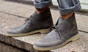 how to wear desert boots with jeans the idle man