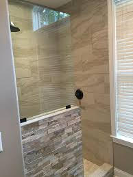 Bathroom Shower Ideas Pictures by Best 25 Half Wall Shower Ideas On Pinterest Bathroom Showers