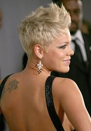 ways to wear your hair growing out a pixie how to style your pixie cut while growing it out glam radar