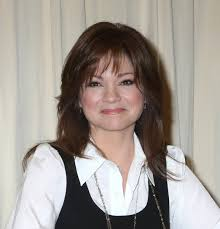 how to get valerie bertinelli current hairstyle valerie bertinelli with feathered hairstyle