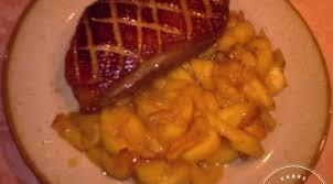 cuisiner le magret magret de canard aux pommes miel et cidre la tendresse en cuisine