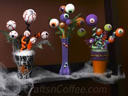 halloween gift idea make a halloween eyeball bouquet crafts u0027n