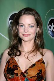 Kimberly Williams Picture & Photo Gallery · << Previous Next Photo >> - Kimberly Williams-17