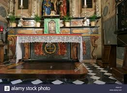 altar catholic church stock photos u0026 altar catholic church stock