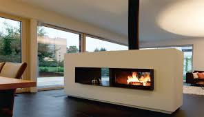 Deckenlampen Wohnzimmer Modern Kamin Als Raumteiler Architektur Moderne Kamine Als Raumteiler Mit