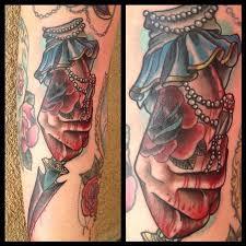 art junkies tattoo studio tattoos flower rose traditional