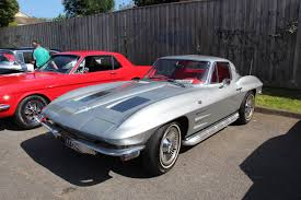 c2 corvette file 1963 chevrolet c2 corvette coupe 15881454875 jpg