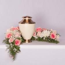 memorial flowers cedar memorial flower shop heaven and earth urn arrangement