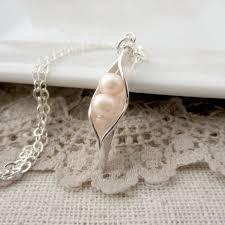 2 peas in a pod jewelry two peas in a pod necklace peapod pea pod pendant