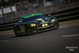 aston martin racing le mans review u2013 the gte battle sportscarglobal com
